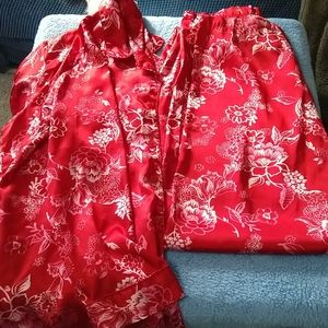 Vibrant red floral pajamas, sz Large